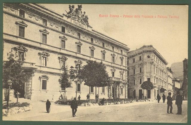ASCOLI PICENO. Palazzo della Provincia e Palazzo Tarlazzi.