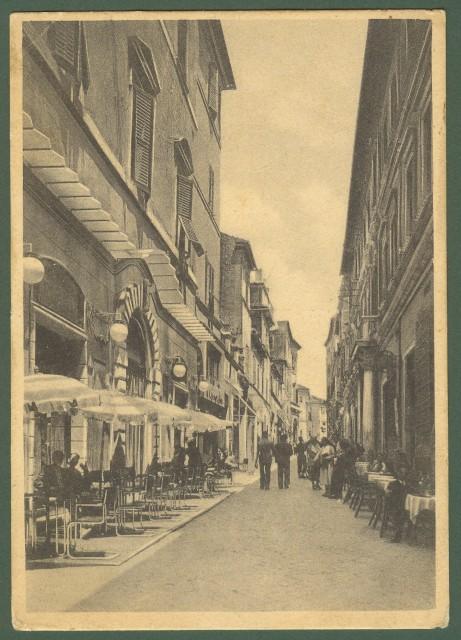 MACERATA. Corso Vittorio Emanuele. Viaggiata 1939, una piega d'angolo.