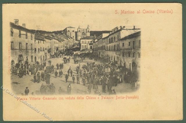 LAZIO. SAN MARTINO IN CIMINO (Viterbo). Piazza Vittorio Emanuele, bella animazione. Viaggiata nel 1904.