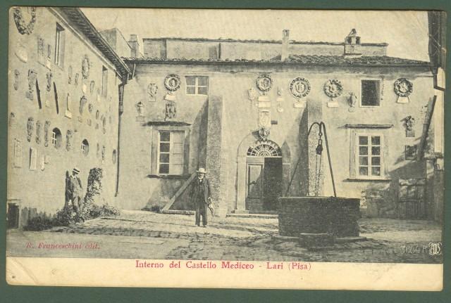 LARI, Pisa. Interno del Castello. Piccola animazione
