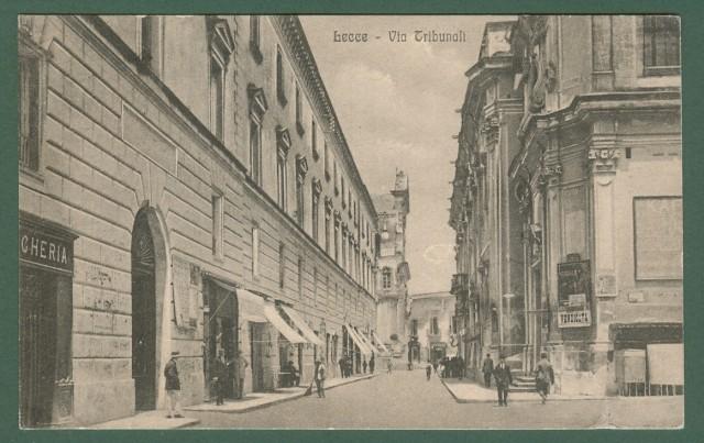 LECCE. Via Tribunali. Cartolina d'epoca viaggiata nei primi anni del 1900.