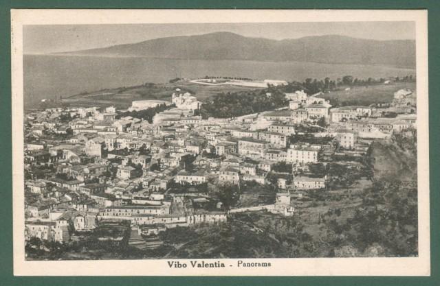 Calabria. VIBO VALENTIA. Panorama. Cartolina d'epoca viaggiata nel 1950