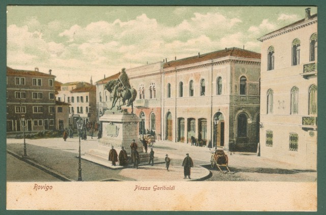Veneto. ROVIGO. Piazza Garibaldi. Cartolina d'epoca viaggiata nel 1907.