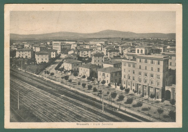 Toscana. GROSSETO. Viale Sonnino. Cartolina d'epoca viaggiata nel 1940
