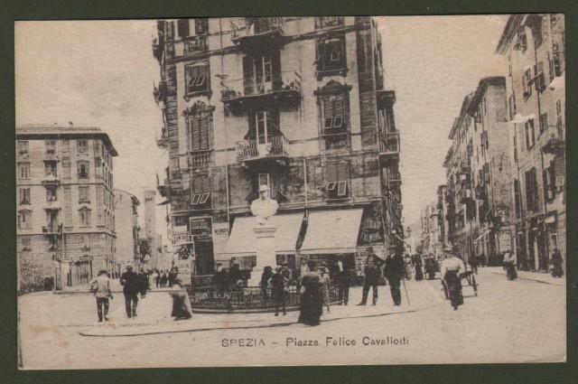 LA SPEZIA. Piazza felice Cavallotti. Cartolina d'epoca non viaggiata, circa 1910.