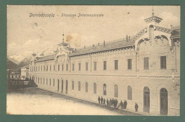 Piemonte. DOMODOSSOLA, Verbania. Stazione. Cartolina d'epoca viaggiata nel 1906.