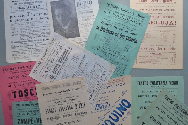 SPIRITISMO '– TEATRO '– NOVARA. Insieme di 13 locandine dei teatri Coccia (1) e Verdi (12).