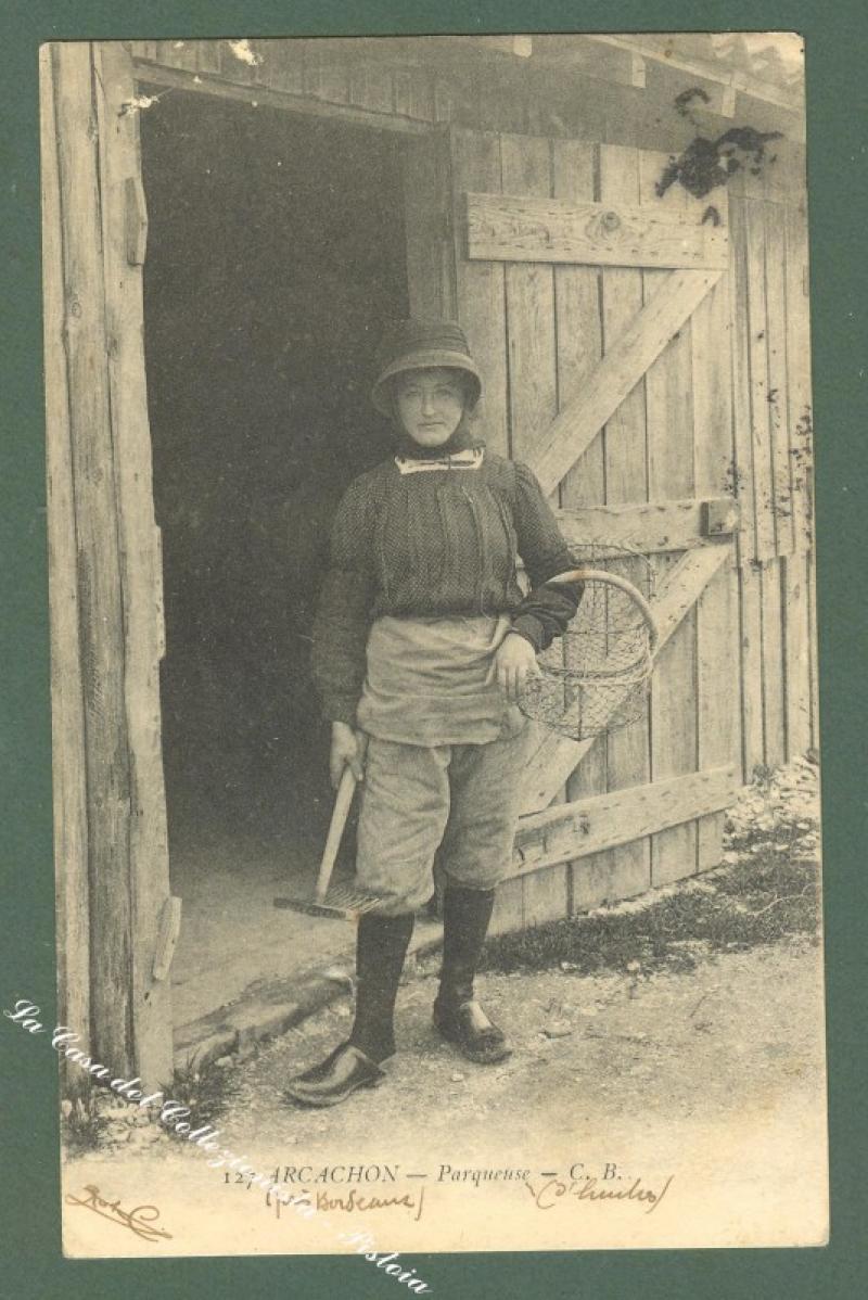 France, Aquitanie, Gironde. ARCACHON. Parqueuse. Cartolina d'epoca. Anno 1915