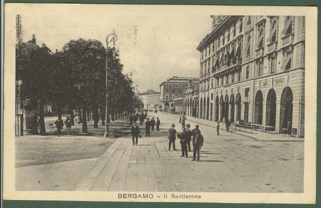 Bergamo. Il Sentierone.