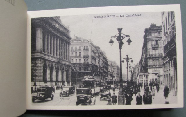 MARSIGLIA. Libretto completo contenente 24 cartoline
