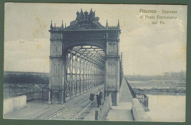Emilia. PIACENZA, ponte ferroviario sul Po.
