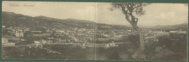 (Abruzzo) TERAMO. Panorama. Cartolina d'epoca doppia raffigurante la città.