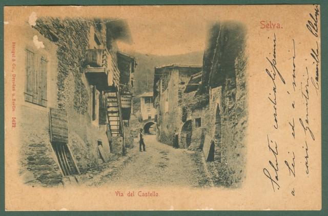 SELVA, Trento. Via del Castello.