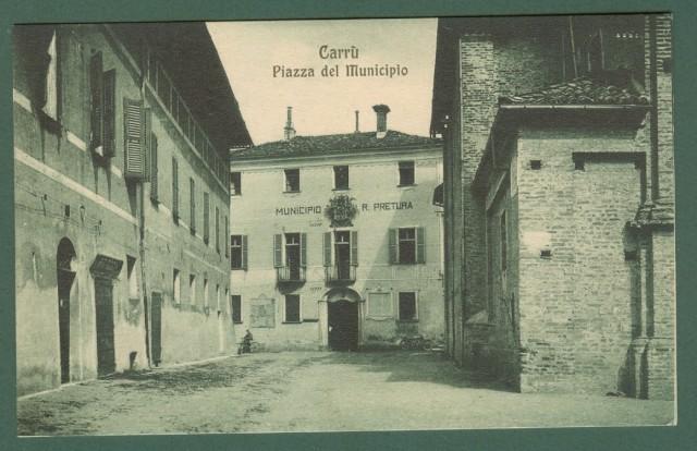 Piemonte. CARRU', Cuneo. Piazza del Municipio.