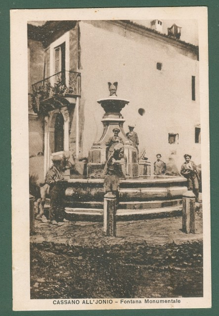 Calabria. CASSANO IONIO, Cosenza. Fontana Monumentale. Cartolina d'epoca viaggiata nel 1930
