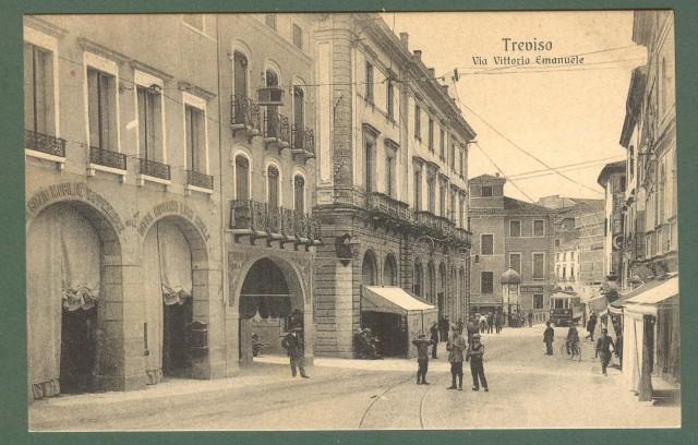 Veneto. TREVISO. Via Vittorio Emanuele. Cartolina d'epoca non viaggiata, circa 1920.
