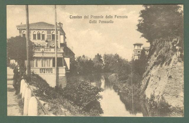 Veneto. TREVISO dal Piazzale della Ferrovia. CaffਠPassuello. Cartolina d'epoca viaggiata, circa 1920.