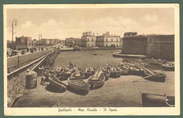 Puglia. GALLIPOLI, Lecce. Mar Piccolo. Il Ponte. Cartolina d'epoca viaggiata nel 1947.