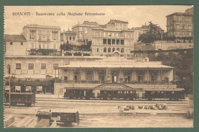 Lazio. FRASCATI, Roma. Stazione ferroviaria. Cartolina d'epoca viaggiata nel 1915.