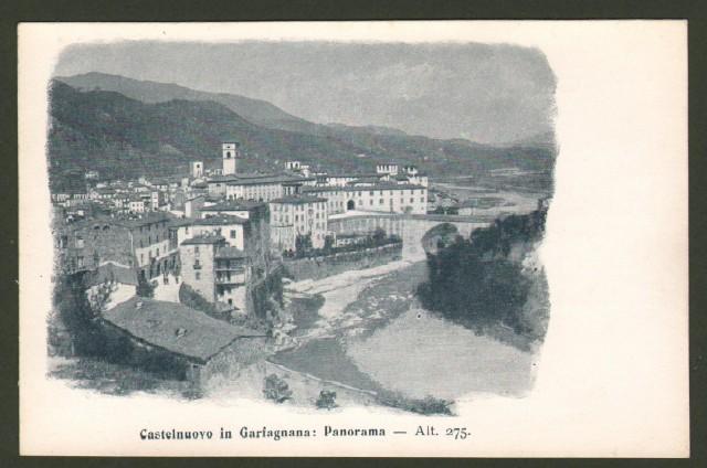 CASTELNUOVO GARFAGNANA (Lucca). Panorama.